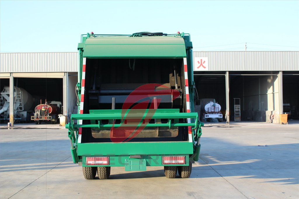 north benz 8 CBM rear loading truck
