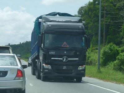 Beiben V3 tractor truck 6*4 drive truck export to Brunei customer