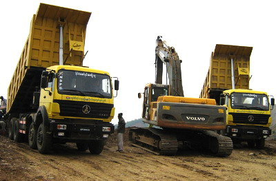 10 units beiben 50 T heavy duty dumper are used in south asia customer's project