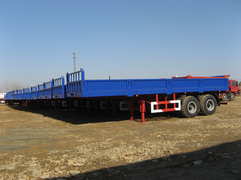 Ghana--30 units 60 T heavy duty bogie suspension cargo semitrailer are sucefully exported